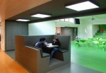 http://ontwerplab.nl/files/gimgs/th-36_tilburg-basisschool-vijfhoeven_web_160108_mh_werkmeubel.jpg